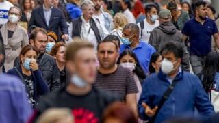 Συναγερμός από τον ΠΟΥ: Ο κόσμος βρίσκεται στην αρχή ενός νέου κύματος της πανδημίας