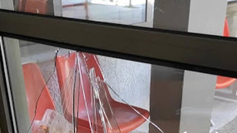 Κιάτο: Επίθεση με φαλτσέτα σε νοσηλευτή του Κέντρου Υγείας