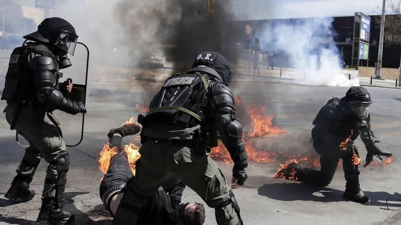 Διεθνής Αμνηστία: Κατάχρηση εξουσίας από τις ελληνικές Αρχές για να κάμψουν ειρηνικές διαδηλώσεις