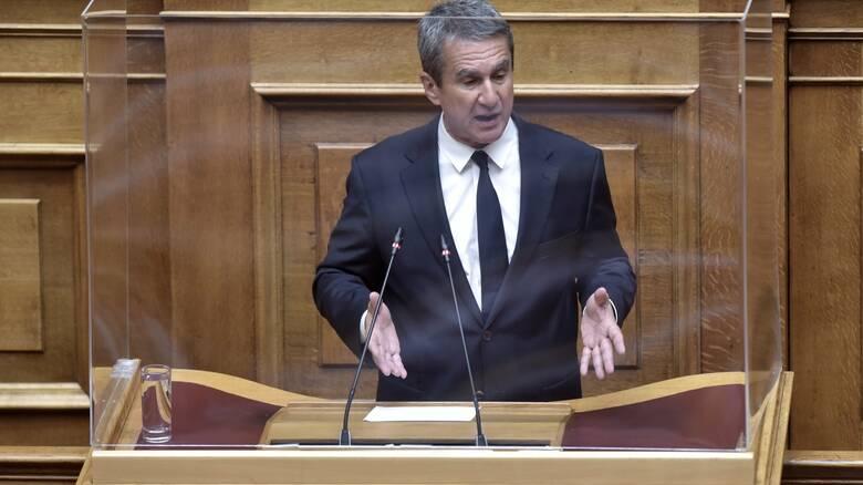 Ο Α. Λοβέρδος ζήτησε να λάβει η Βουλή μέτρα για τους ανεμβολίαστους βουλευτές