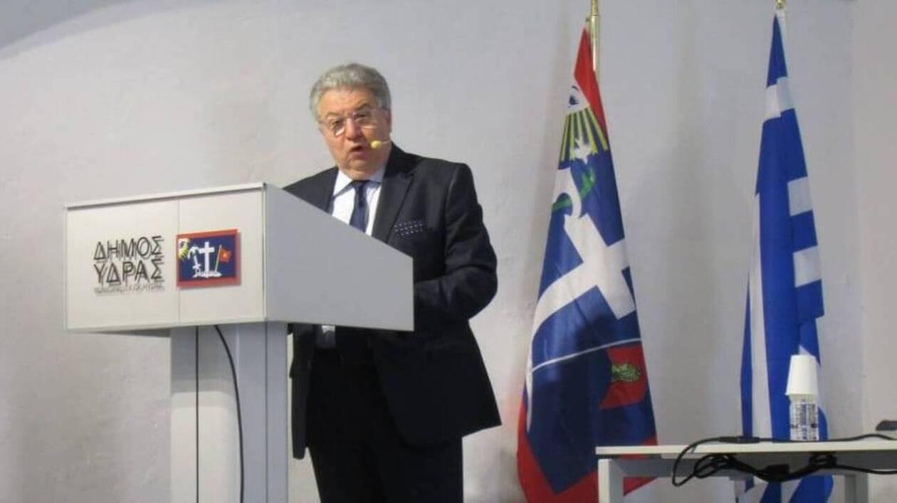 https://cdn.cnngreece.gr/media/news/2021/07/15/274262/photos/snapshot/chrysoulakis-14072021-1.jpg