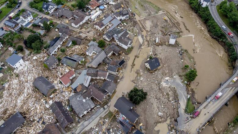 Πλημμύρες στη Γερμανία: Πάνω από 50 οι νεκροί, για λεηλασίες προειδοποιεί η  Αστυνομία - CNN.gr