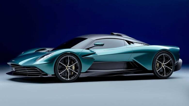 Η εντυπωσιακή Aston Martin Valhalla βγήκε από τη σκιά της Valkyrie
