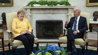 Το μετά της συνάντησης Μπάιντεν - Μέρκελ: Οι ΗΠΑ επαναξετάζουν την απαγόρευση ταξιδιών στην Ευρώπη