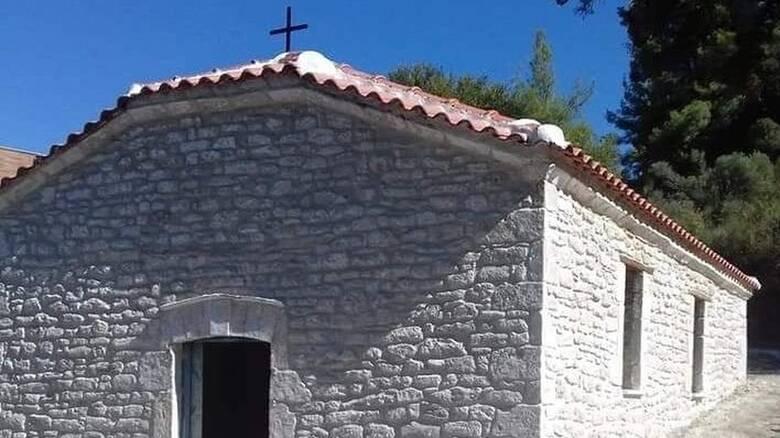 Χαλκιδική: Αναστηλώθηκε το εκκλησάκι των Αγίων Θεοδώρων στη Φούρκα