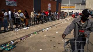 Νότια Αφρική: Εξομάλυνση της κατάστασης μετά το διάγγελμα του προέδρου Ραμαφόσα