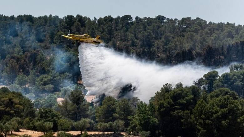 Ισπανία: Πυρκαγιά κατακαίει φυσικό πάρκο στην Καταλονία, εκατοντάδες εγκατέλειψαν τα σπίτια τους