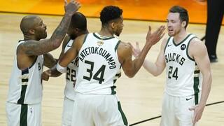 NBA: Μια νίκη μακριά από το πρωτάθλημα οι Μπακς - Μαγικός Γιάννης κόντρα στους Σανς