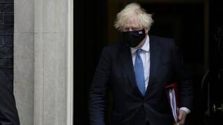 Βρετανία: Σε απομόνωση Τζόνσον και Σουνάκ μετά από επαφή με κρούσμα κορωνοϊού