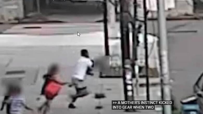 ΗΠΑ: Βίντεο δείχνει γυναίκα να σώζει τον γιο της από απαγωγή