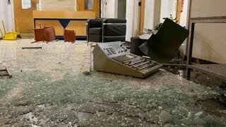 Κύπρος: Επίθεση σε τηλεοπτικό σταθμό από διαδηλωτές ενάντια στα μέτρα κορωνοϊού