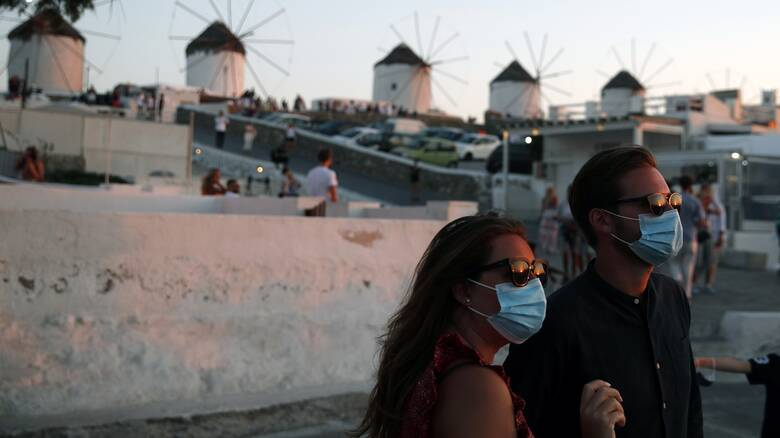 Ποια άλλα νησιά «απειλούνται» με lockdown - Εκτόξευση αριθμού κρουσμάτων τον Δεκαπενταύγουστο