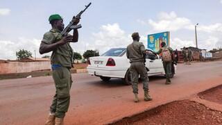 Μαλί: Πυροβολισμοί εναντίον στρατοπέδου της Eκπαιδευτικής Aποστολής της ΕΕ