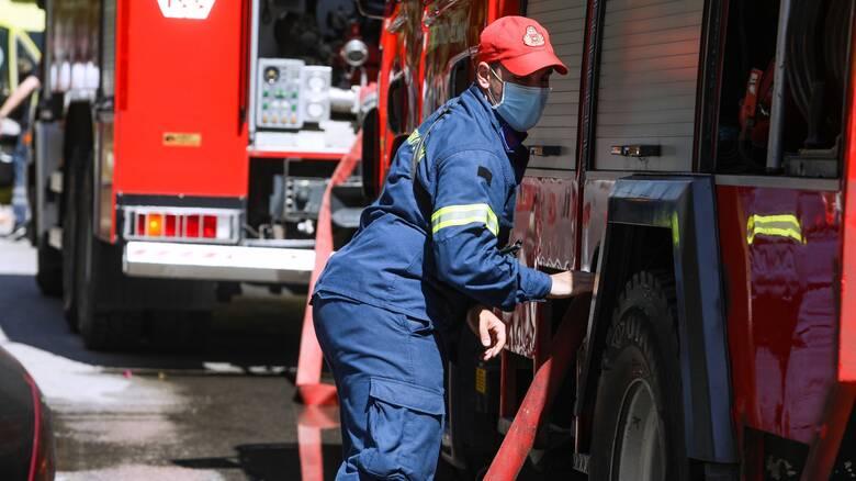 Φωτιά σε διαμέρισμα στο Μαρούσι - Απεγκλωβίστηκε ένα άτομο