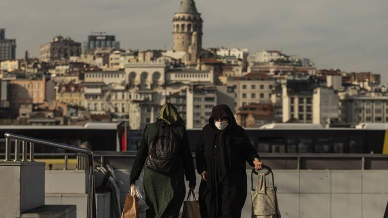 Τουρκία: Αύξηση των κρουσμάτων κορωνοϊoύ 30% σε μια εβδομάδα