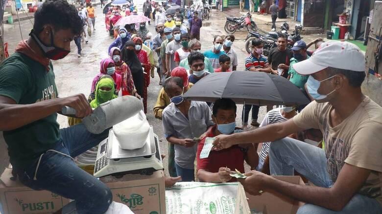 Ινδία- Κορωνοϊός: Πάνω από 30.000 κρούσματα κατέγραψε η χώρα σε ένα 24ωρο