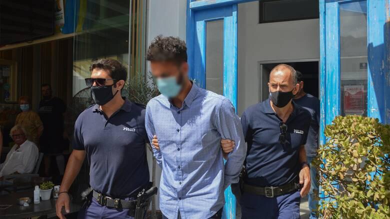 Δολοφονία στη Φολέγανδρο: Νέα προθεσμία για να απολογηθεί ζητά ο 30χρονος