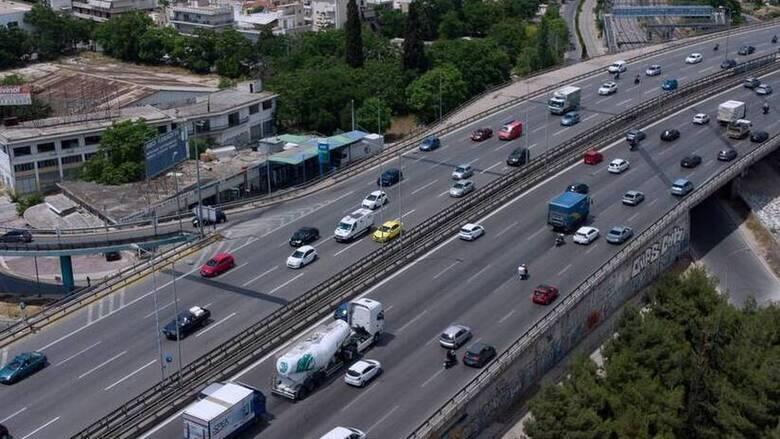 Εξετάζεται νέα απόσυρση -  Αντικατάσταση παλαιών ΙΧ με υβριδικά και ηλεκτροκίνητα