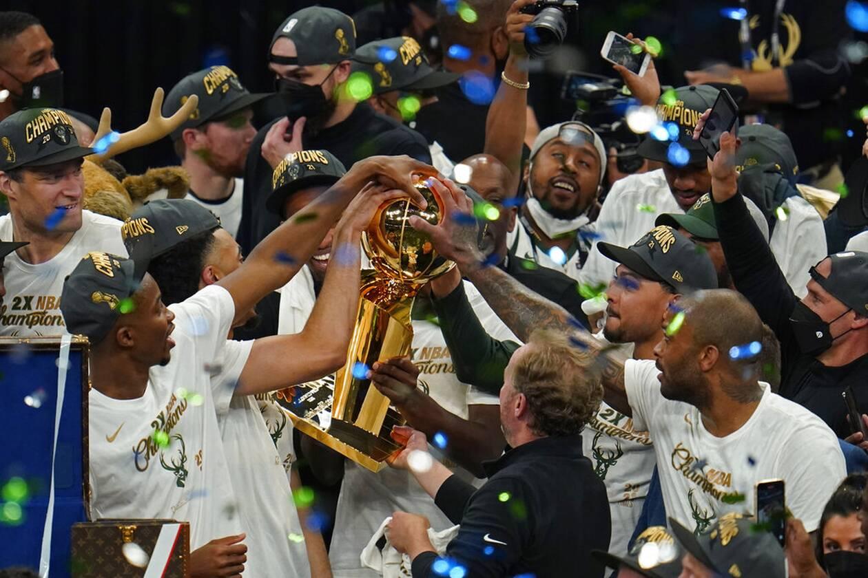 https://cdn.cnngreece.gr/media/news/2021/07/21/274915/photos/snapshot/MPAKS-NBA-TELIKOS-15.jpg