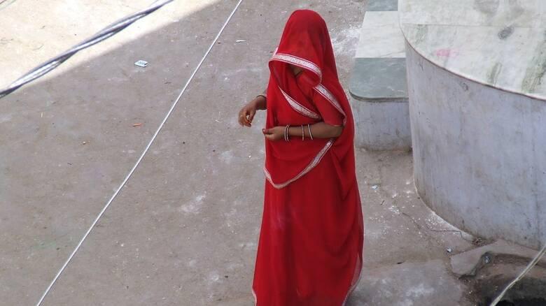 «Απουσία ανθρωπιάς»: Ζευγάρι Αυστραλών κρατούσε ως σκλάβα Ινδή γυναίκα επί οχτώ χρόνια