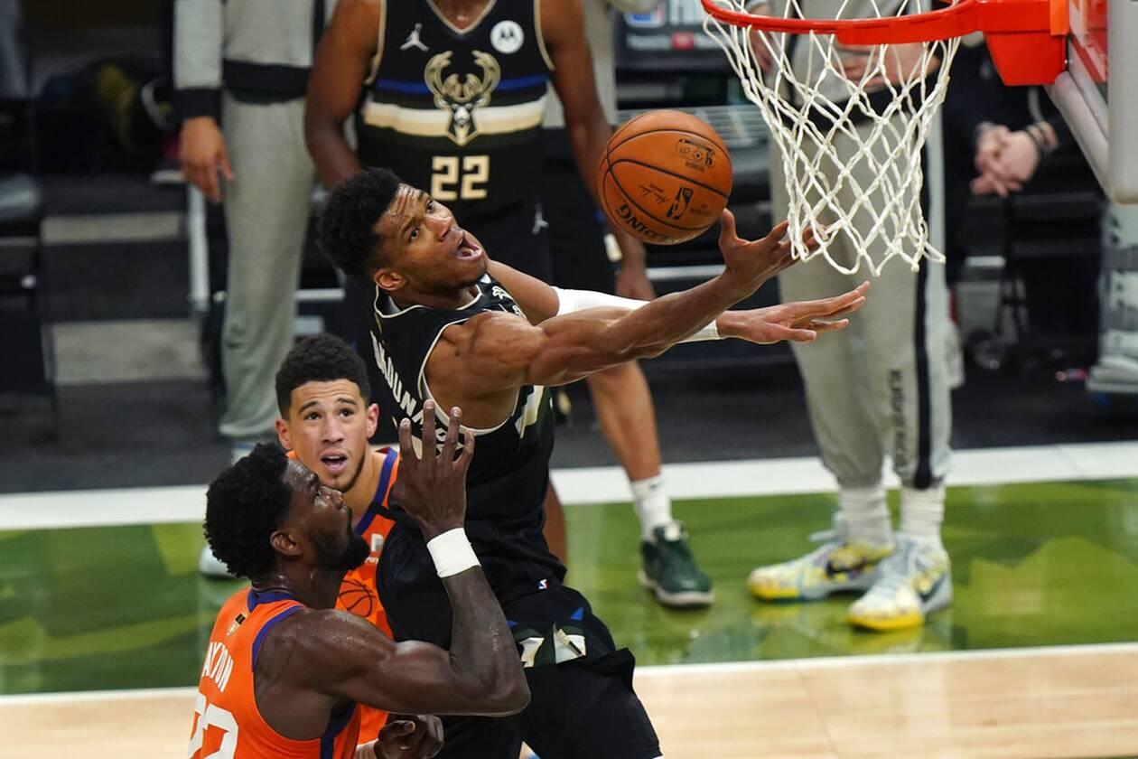 https://cdn.cnngreece.gr/media/news/2021/07/21/274947/photos/snapshot/MPAKS-NBA-TELIKOS-7.jpg