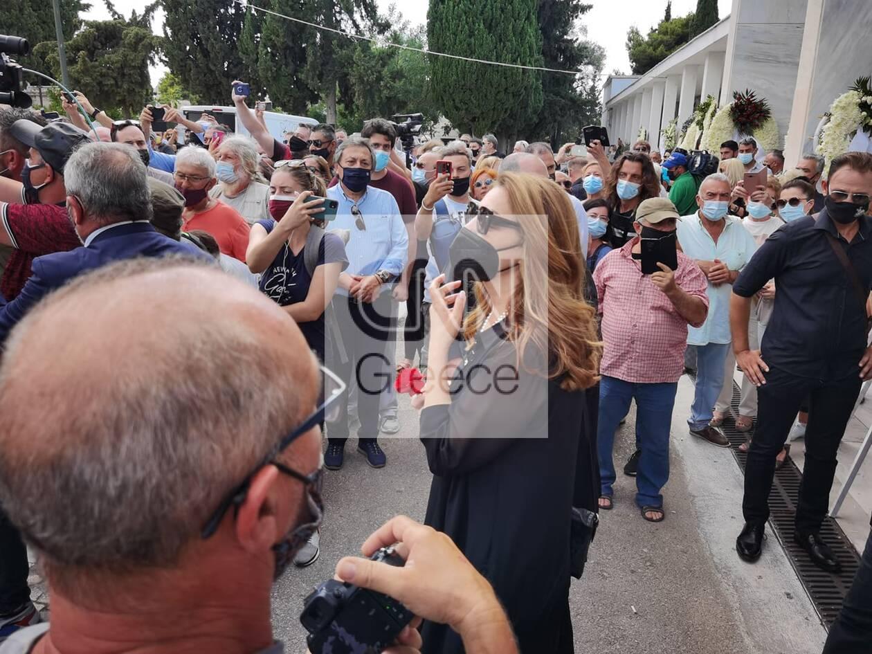 https://cdn.cnngreece.gr/media/news/2021/07/21/274989/photos/snapshot/voskopoulos-kideia-14.jpg