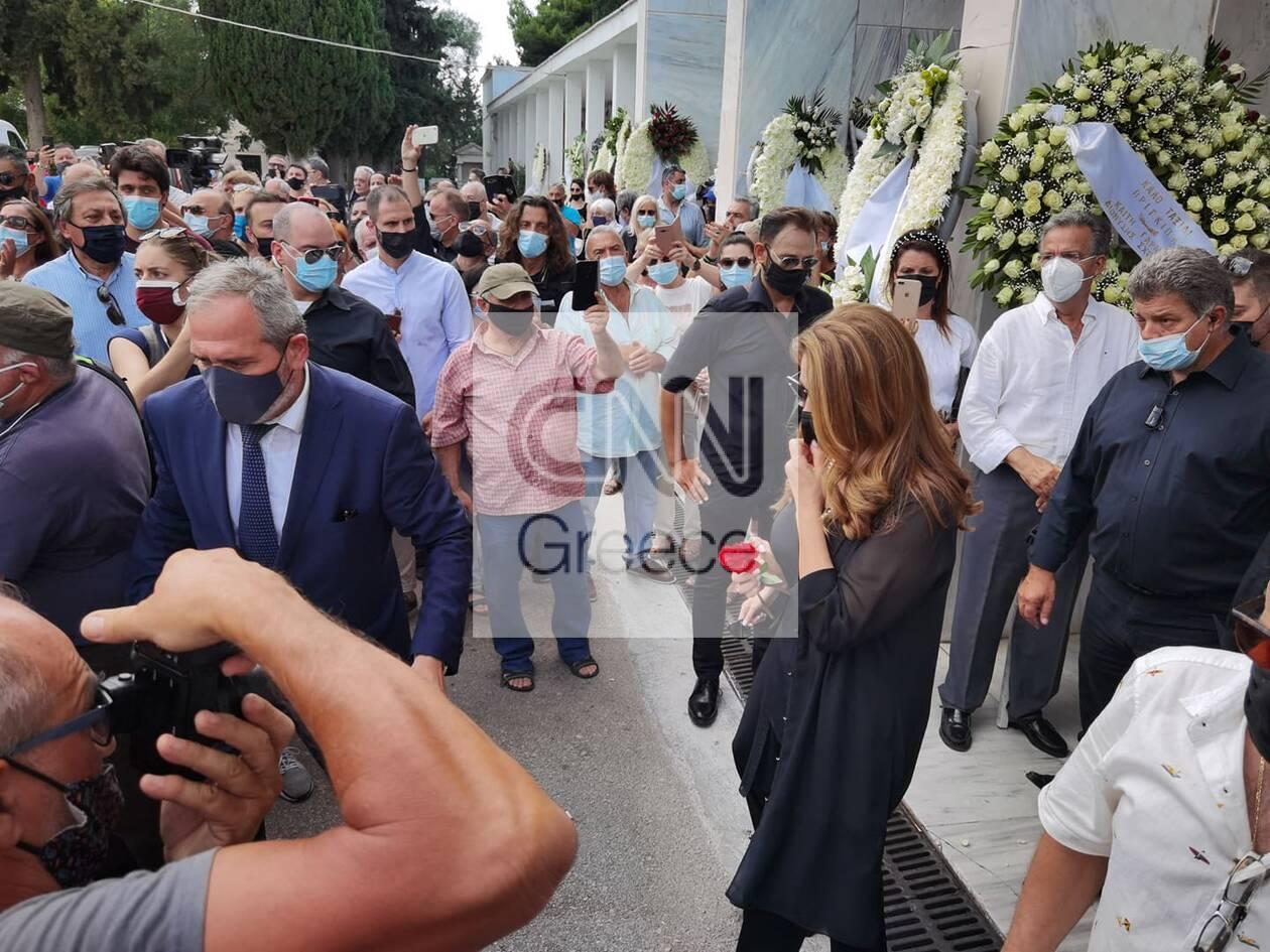 https://cdn.cnngreece.gr/media/news/2021/07/21/274989/photos/snapshot/voskopoulos-kideia-15.jpg