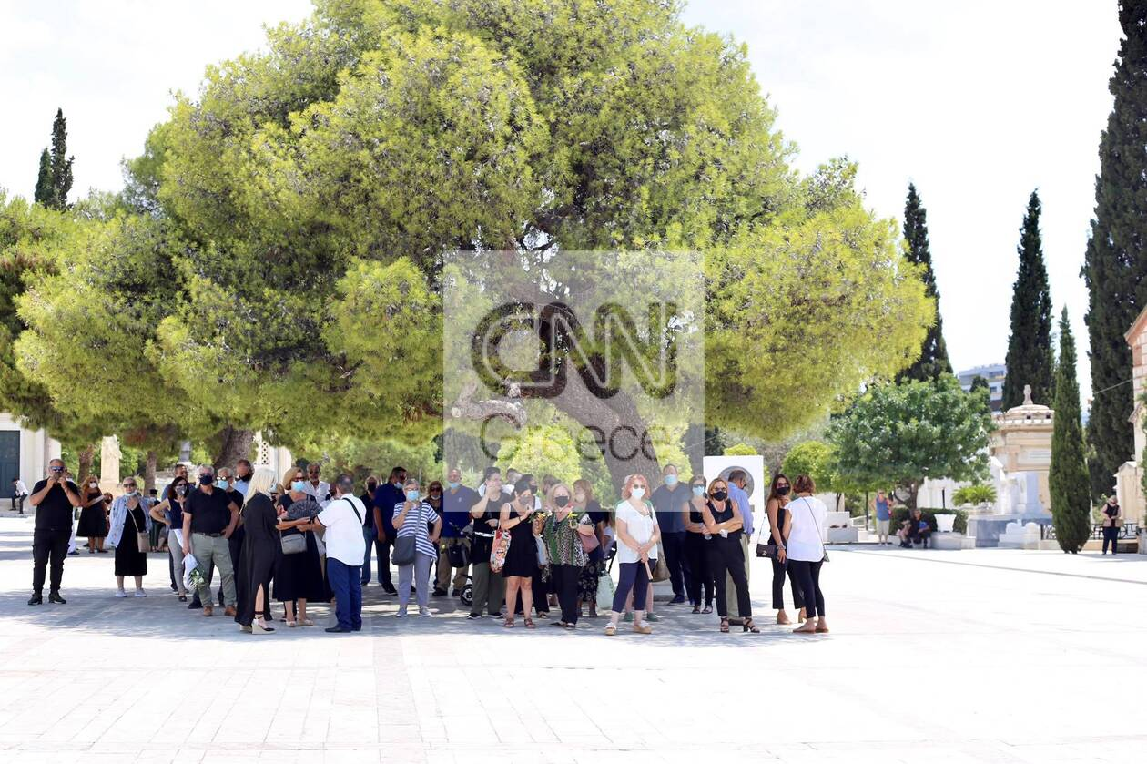 https://cdn.cnngreece.gr/media/news/2021/07/21/274989/photos/snapshot/voskopoulos-kideia-6.jpg