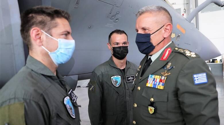 Rafale: Οι Έλληνες πιλότοι ανυπομονούν να πετάξουν «επί του πεδίου» με το γαλλικό μαχητικό