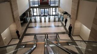 Να μην κλείσουν υποκαταστήματα τραπεζών ζητά η Κεντρική Ενωση Δήμων Ελλάδας