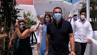 Τσίπρας: Η Μύκονος χαρακτηριστικό παράδειγμα της παταγώδους αποτυχίας της κυβέρνησης