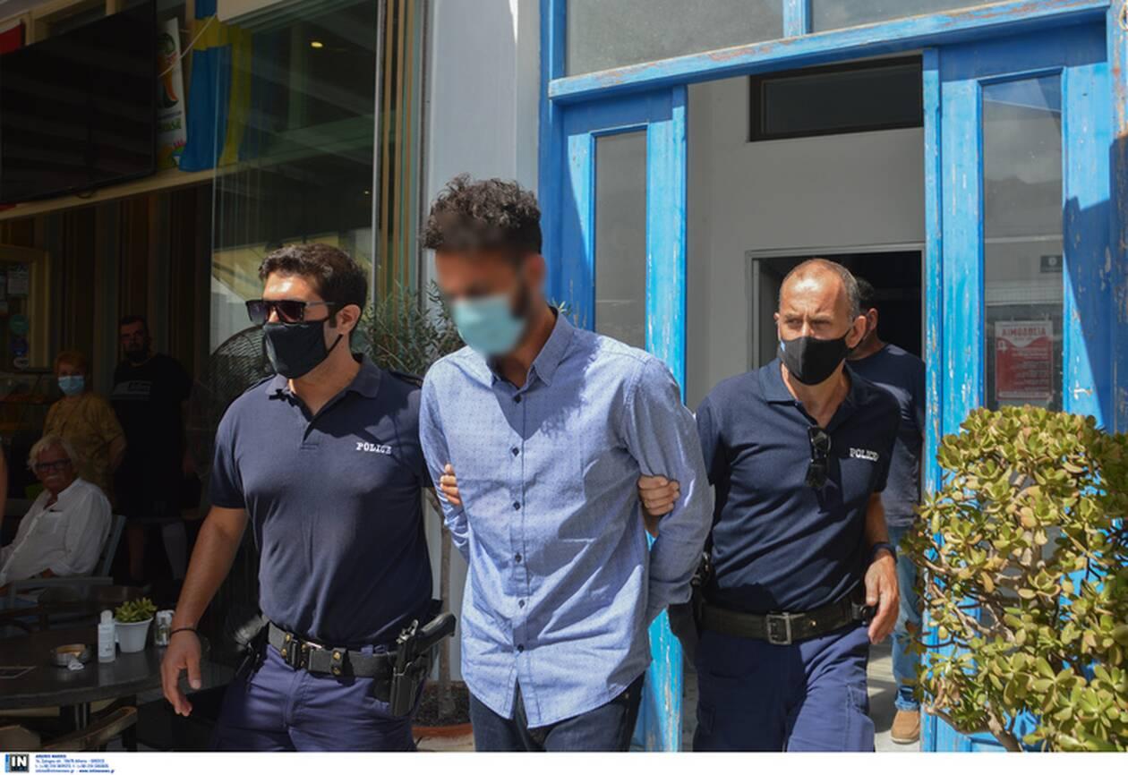 https://cdn.cnngreece.gr/media/news/2021/07/22/275193/photos/snapshot/folegandros-10.jpg