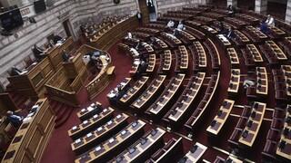 Ψηφίστηκε η τροπολογία για τον υποχρεωτικό εμβολιασμό