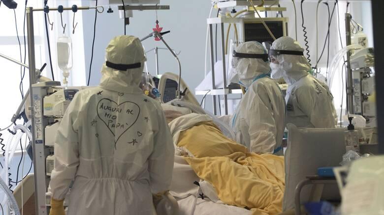 Κορωνοϊός - Ιταλία: Οι εισαγωγές στα νοσοκομεία το βασικό κριτήριο νέων μέτρων περιορισμού