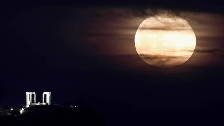 Φεγγάρι του Ελαφιού: Το Σάββατο η μεγάλη πανσέληνος του Ιουλίου