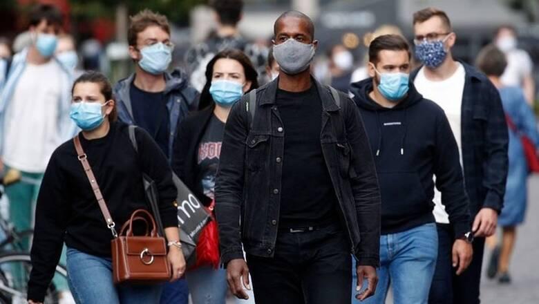 Γαλλία: Η επιστροφή στην κανονικότητα δεν θα επιτευχθεί πριν το 2022 ή το 2023