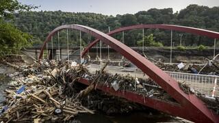 Γερμανικοί Σιδηρόδρομοι: «Καταστροφή ιστορικής κλίμακας» από τις φονικές πλημμύρες