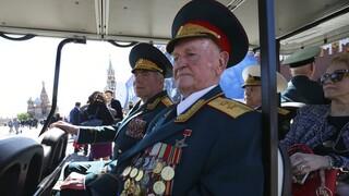 «Ξαναγεννήθηκα στα 102 μου χρόνια»: Ρώσος βετεράνος πολέμου νίκησε τον κορωνοϊό