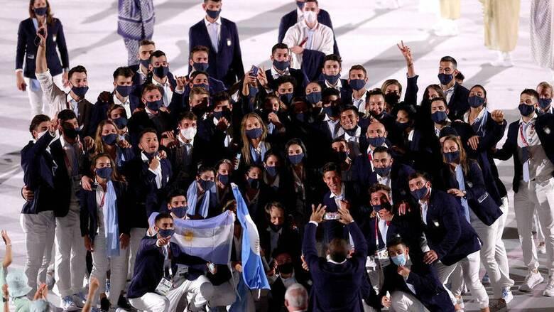 Ολυμπιακοί Αγώνες: Χορευτική είσοδος από την αποστολή της Αργεντινής στην τελετή έναρξης