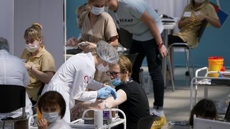 Ρωσία: Σχεδόν 24.000 νέα κρούσματα το τελευταίο 24ωρο