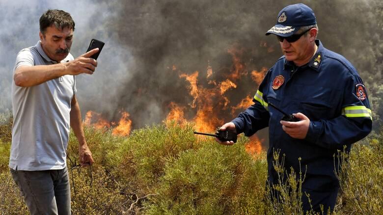 Πολύ υψηλός ο κίνδυνος πυρκαγιάς σε έξι περιφέρειες την Κυριακή