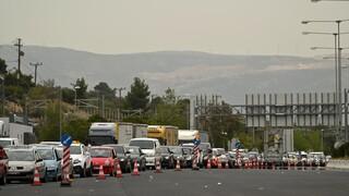 Εκτροπή της κυκλοφορίας των οχημάτων στην εθνική οδό Θεσσαλονίκης-Αθηνών λόγω τροχαίου