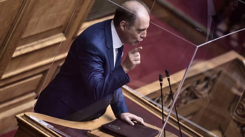 Βουλή: Άρση ασυλίας του Κυριάκου Βελόπουλου