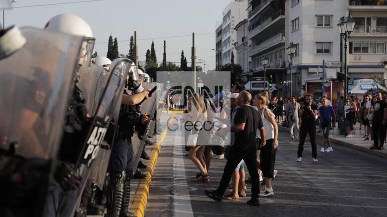 Νέα συλλαλητήρια από τους αντιεμβολιαστές: Συγκεντρώσεις σε Αθήνα και Θεσσσαλονίκη