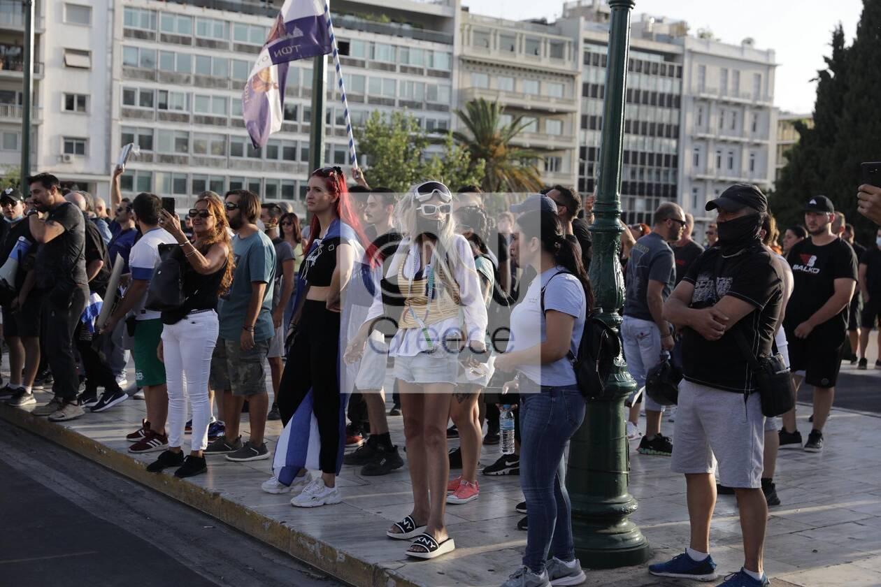 https://cdn.cnngreece.gr/media/news/2021/07/28/275962/photos/snapshot/syntagma-6.jpg