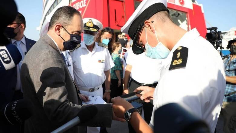 Πλακιωτάκης: Δεν επετράπη η επιβίβαση σε πάνω από 11.000 άτομα που δεν πληρούσαν τις προϋποθέσεις