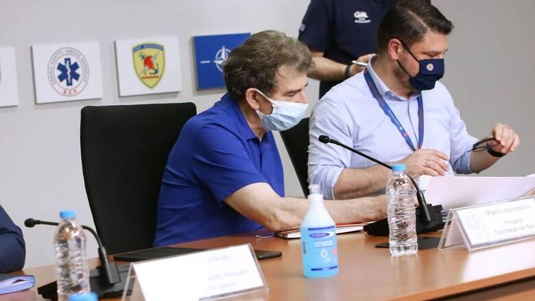 Καύσωνας: Σε συναγερμό ο κρατικός μηχανισμός - Έκτακτες ανακοινώσεις από Χρυσοχοΐδη και Χαρδαλιά