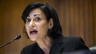 Κορωνοϊός - ΗΠΑ: Διευκρινίσεις από την επικεφαλής του CDC για τους υποχρεωτικούς εμβολιασμούς