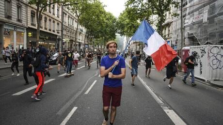 Κορωνοϊός - Γαλλία: Νέες διαδηλώσεις κατά του πιστοποιητικού υγείας και υποχρεωτικού εμβολιασμού