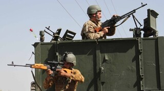 Αφγανιστάν: Σφοδρές μάχες γύρω από την πόλη Χεράτ - Ο στρατός βομβαρδίζει τους Ταλιμπάν